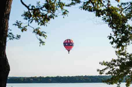 Hot Air Ballooning in Green Lake