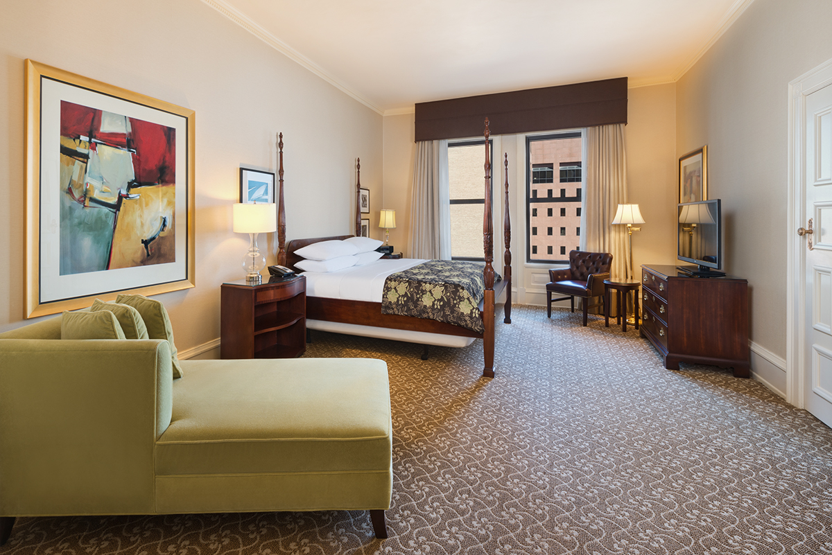 Heritage and Grand Heritage Suites. Milwaukee Hotel Room   The Pfister Hotel   Downtown Milwaukee
