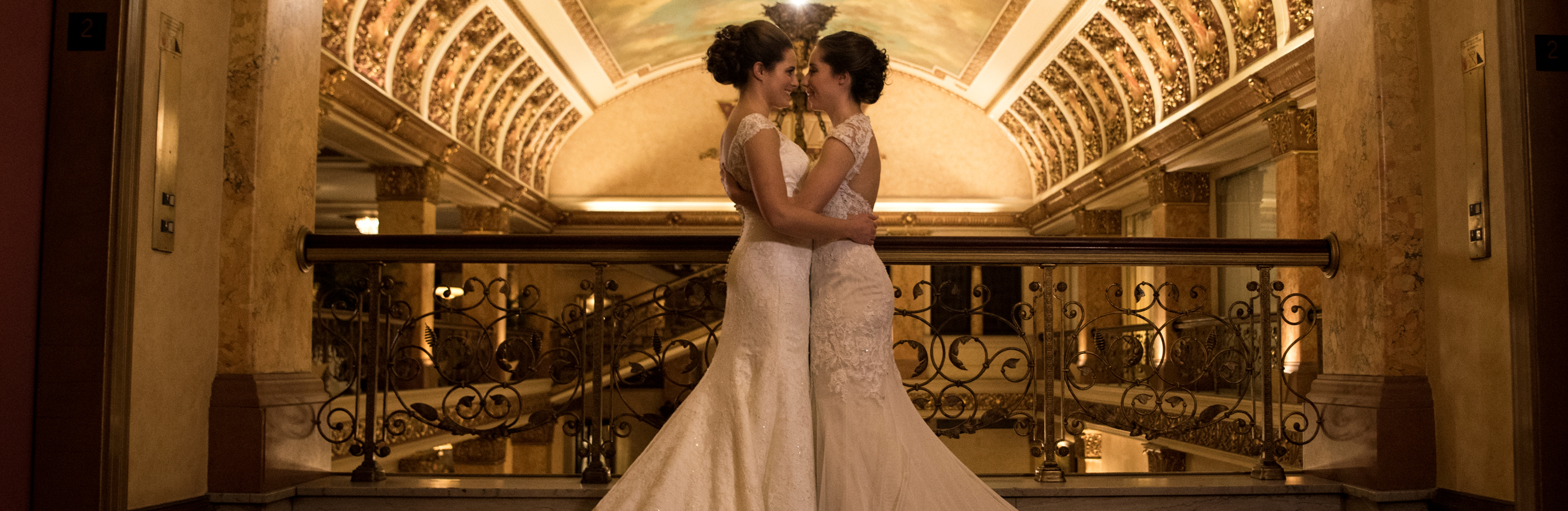 Milwaukee Lgbtq Weddings The Pfister Hotel Milwaukee